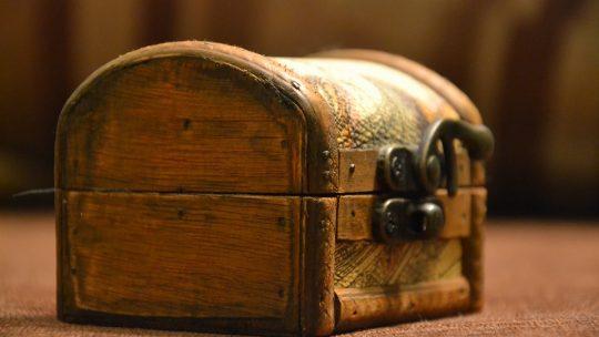 Ümit Ersin Yavaş: Oyalanan Bir Hikâye – Berberin Sandığı
